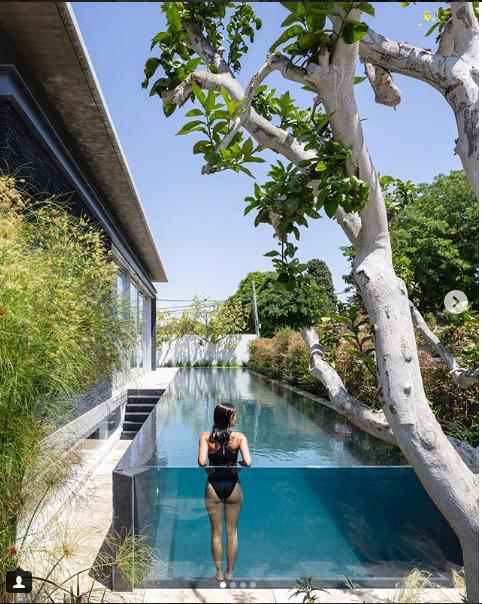 حمام سباحة لفيلا