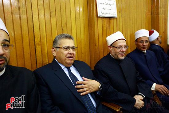 صور عزاء شقيقة الدكتور حسن راتب (4)