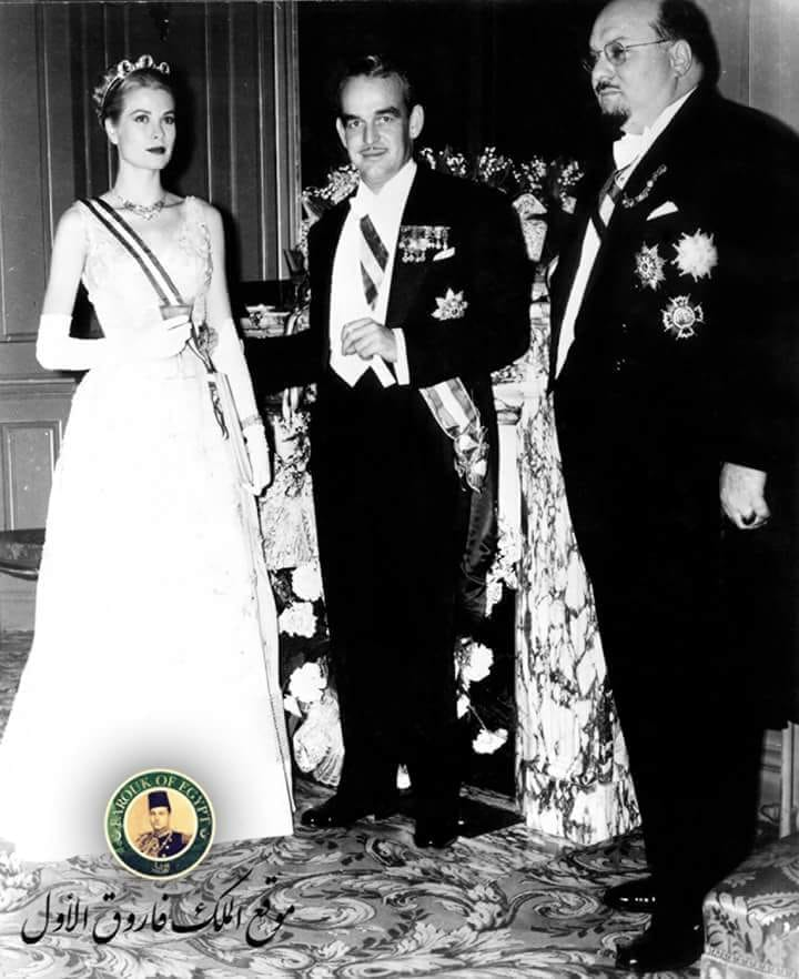 الملك فاروق برفقة أمير وأميرة موناكو