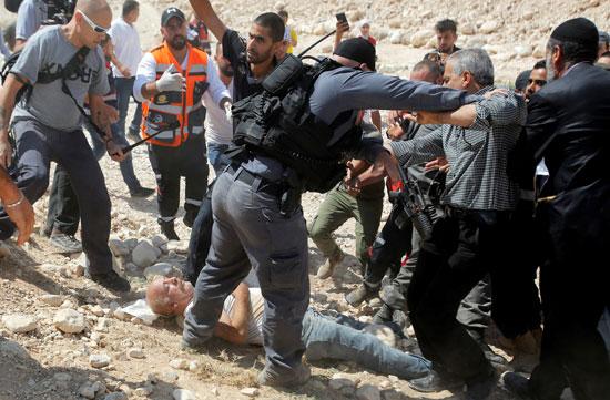 جانب من تعدى قوات الاحتلال