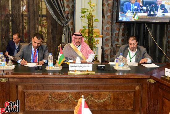 الندوة البرلمانية العربية للاتحاد البرلماني العربي المنعقدة بمجلس النواب (20)