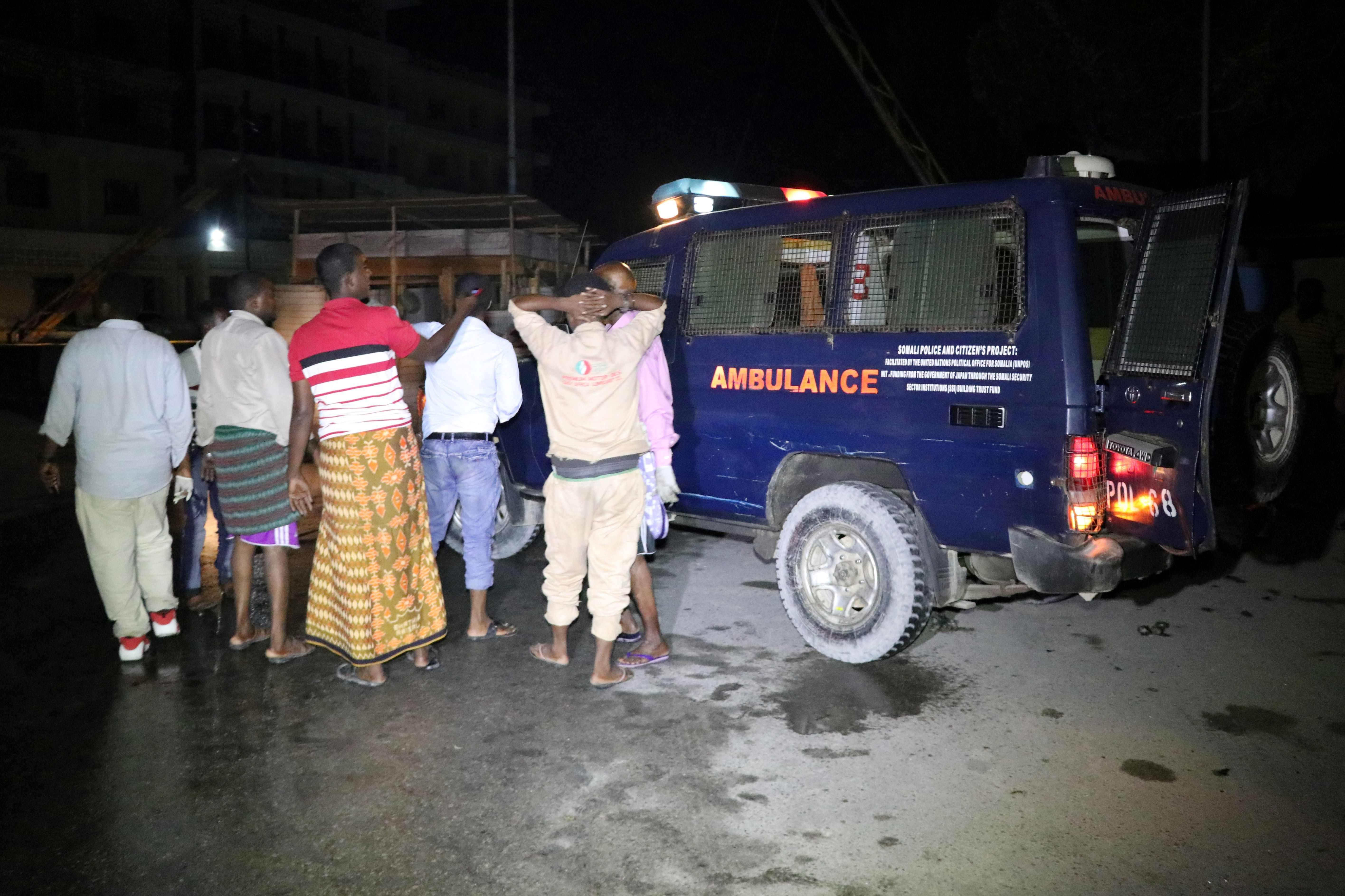 الشرطة تصل لموقع الحادث