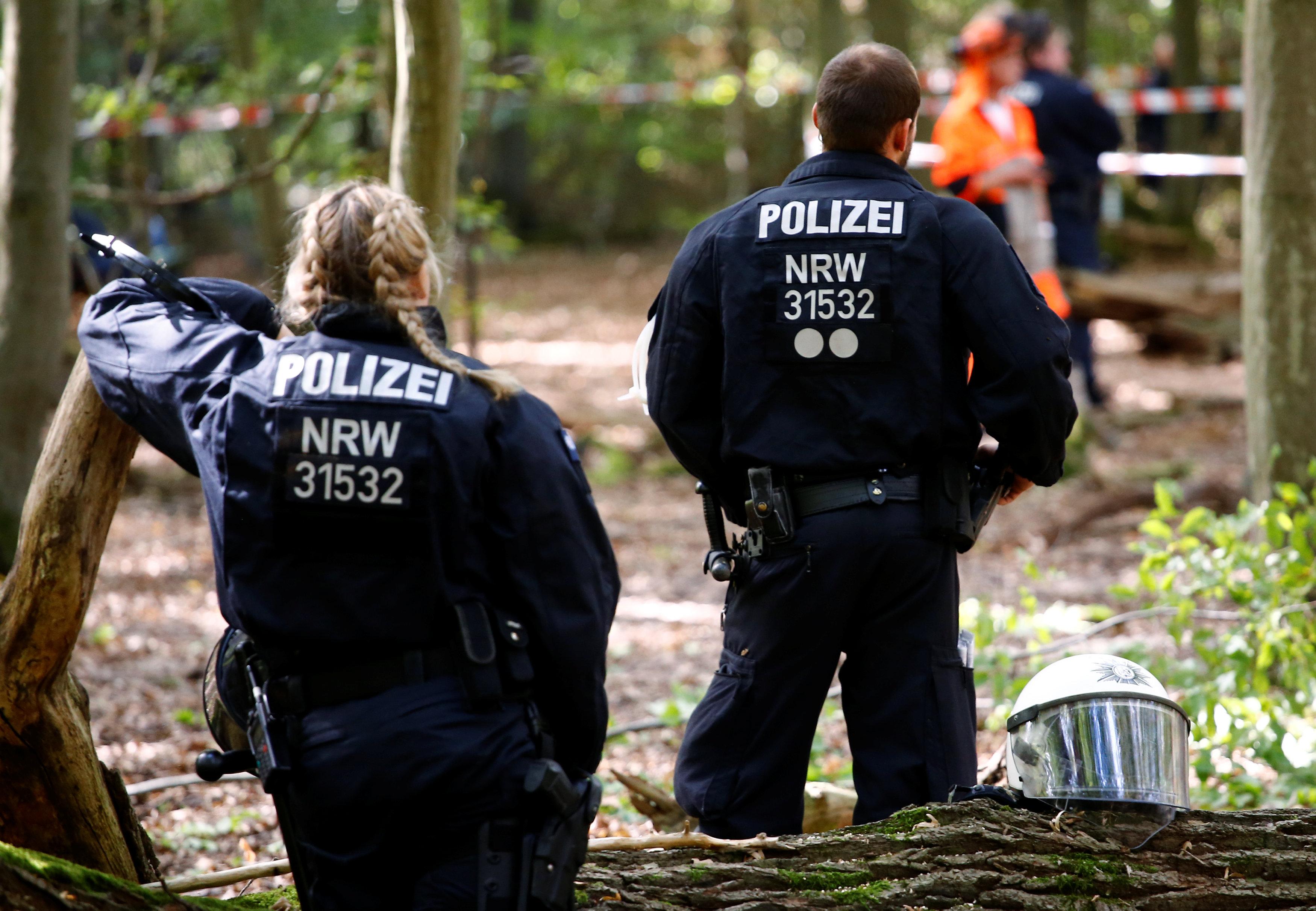 أفراد من الشرطة الألمانية