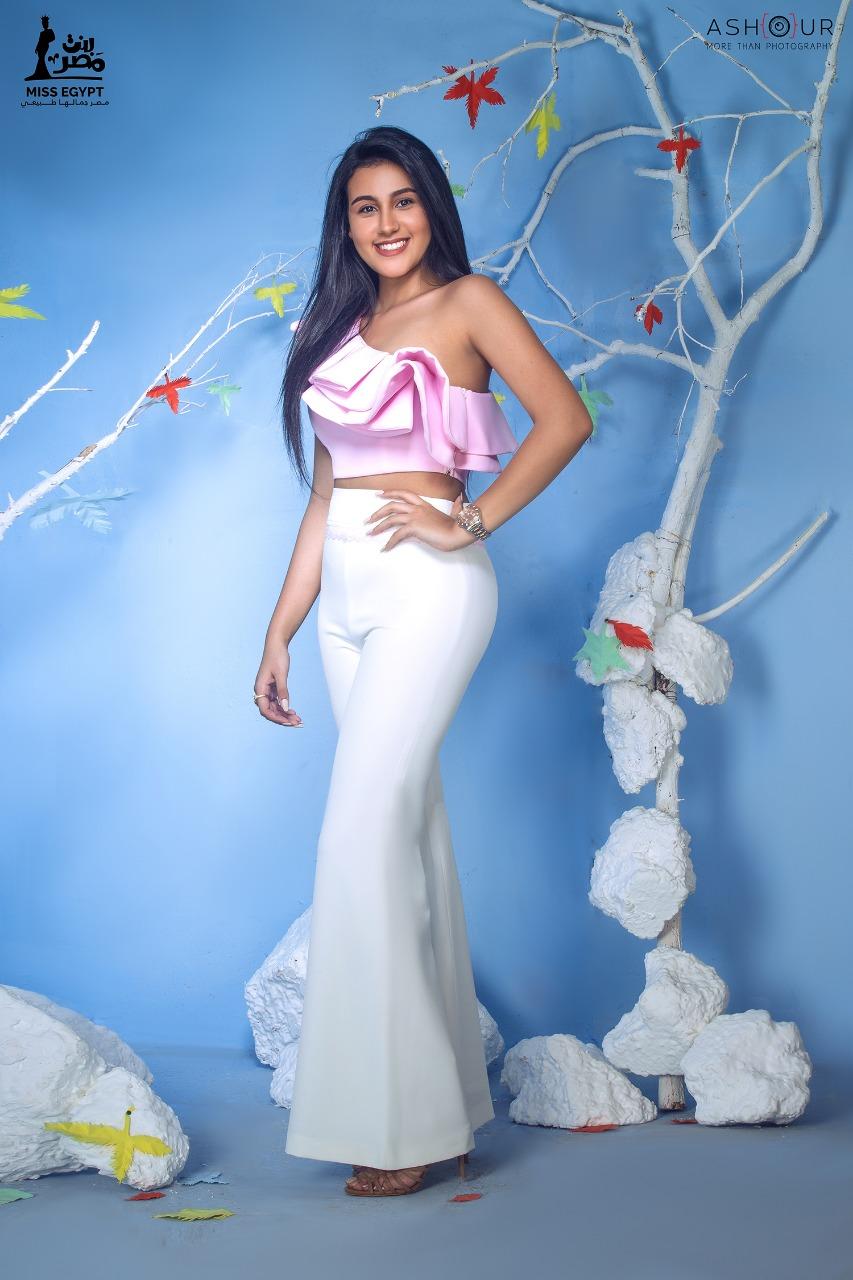 أول جلسة تصوير لمتسابقات Miss egypt (1)