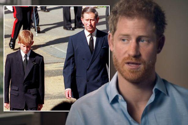 هارى انتقد إشراكه كطفل فى جنازة والدته