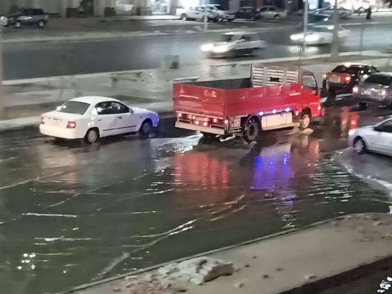 صور ..غرق أكبر شوارع الغردقة واهمها في مياة ا (1)