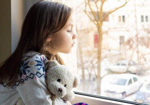 الحرمان العاطفى عند الطفل