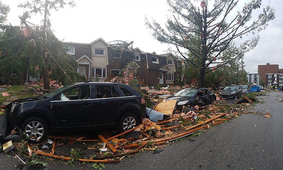 جانب من الاعصار