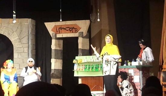 مسرح كلية رياض أطفال (2)