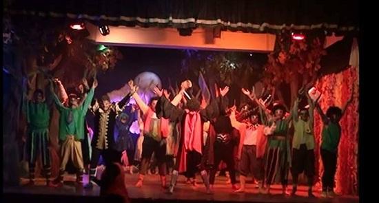 فريق مسرح آداب جامعة طنطا (5)
