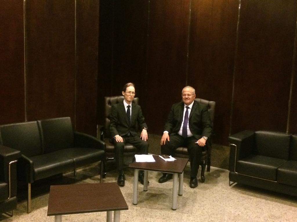 سفير اليابان فى استضافة رئيس جامعة القاهرة
