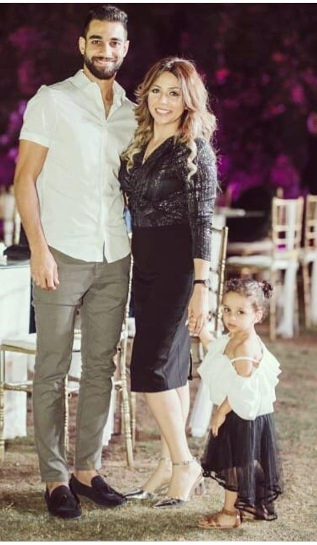 عمرو السولية وزوجته و ابنته