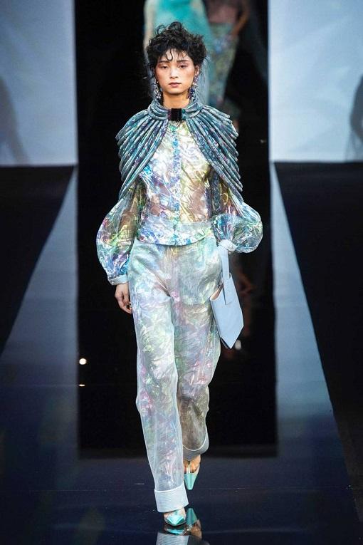 2a30fad73 أخر كلام | الجرأة عنوان مجموعة أزياء Giorgio Armani لربيع وصيف2019