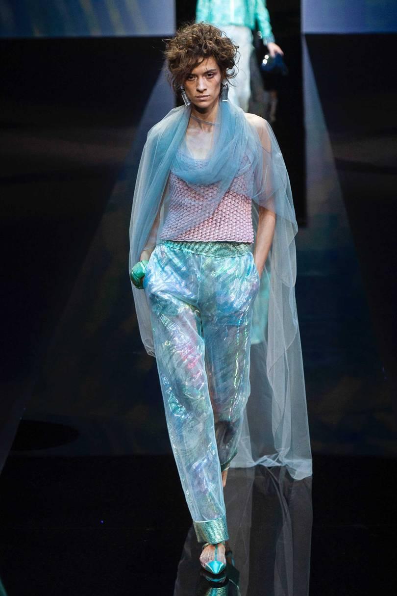 04b75fe2a أخر كلام | الجرأة عنوان مجموعة أزياء Giorgio Armani لربيع وصيف2019