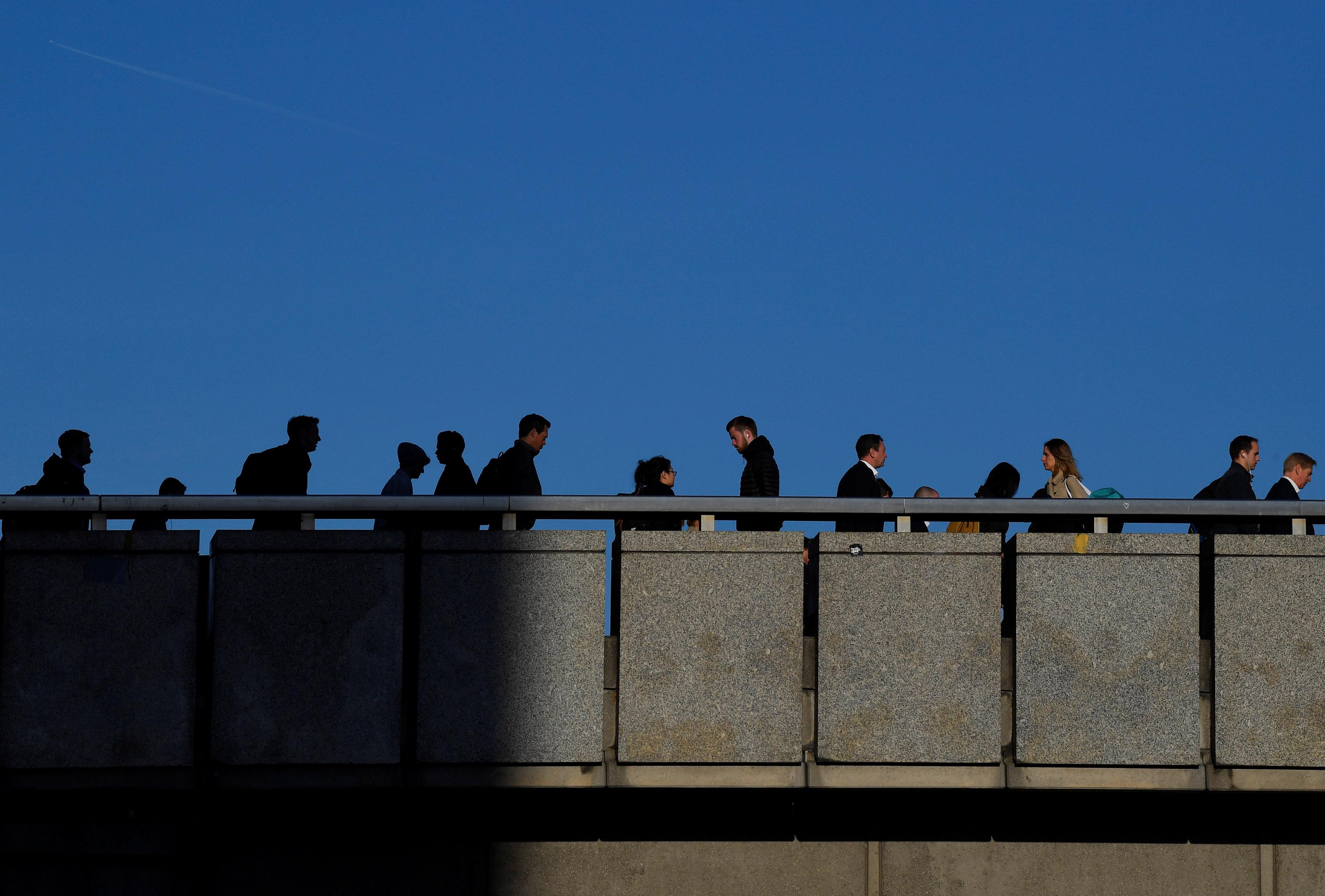 موظفون على جسر لندن يخشون المستقبل بعد بركست