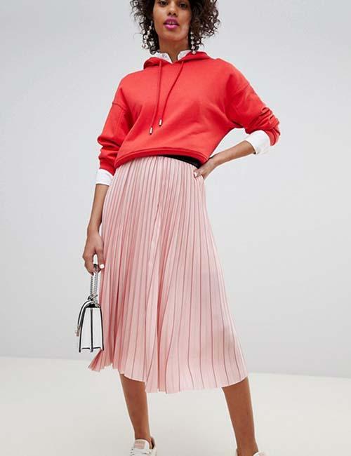 92c97cffa أخر كلام | 5 أفكار لارتداء الجيبة البليسية الصيفى خلال الخريف