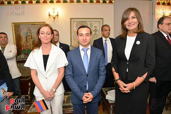أبناء الجالية الأرمينية  (7)
