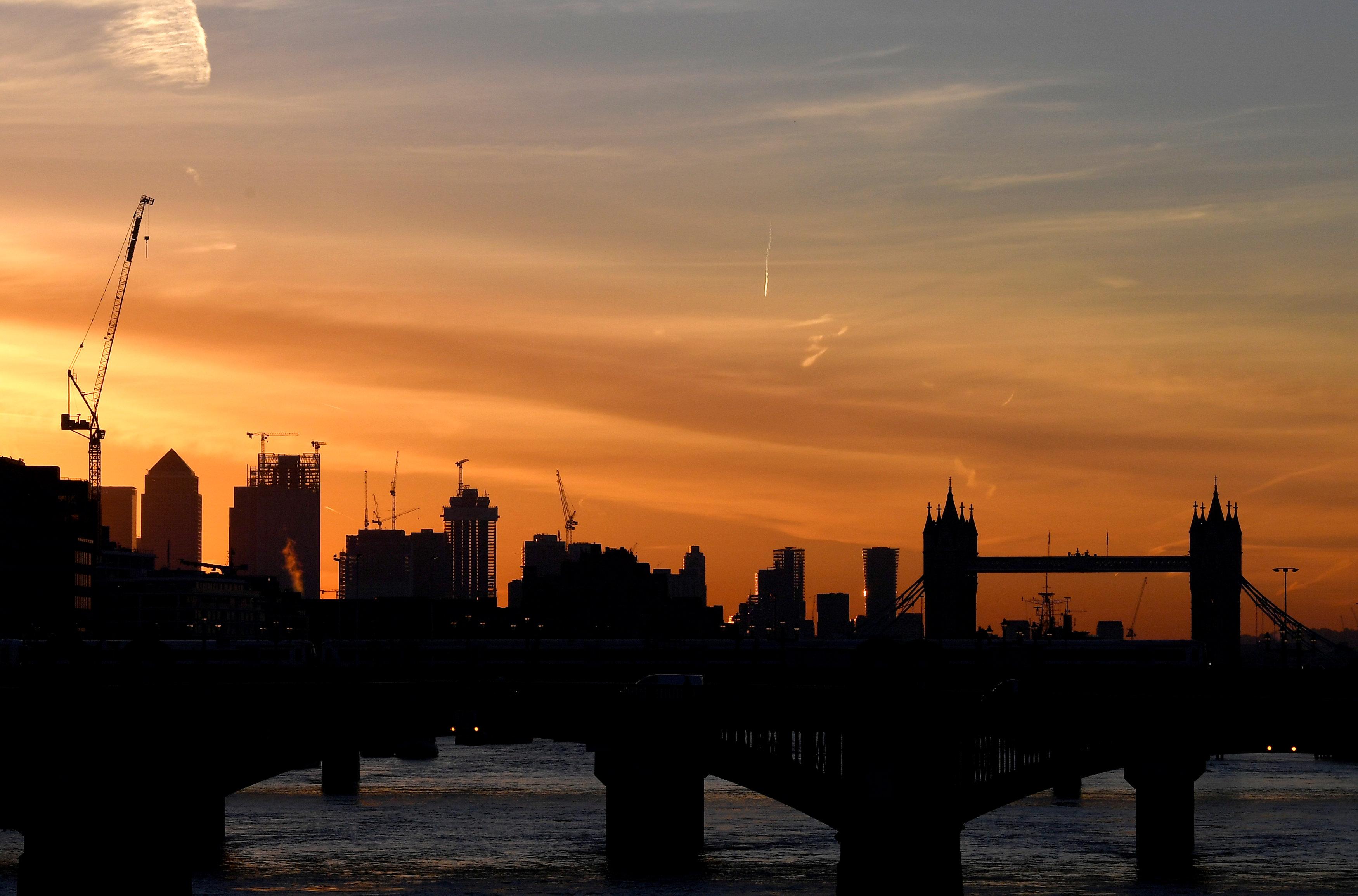أعمال بناء واسعة لانشاء ناطحات سحاب جديدة فى لندن