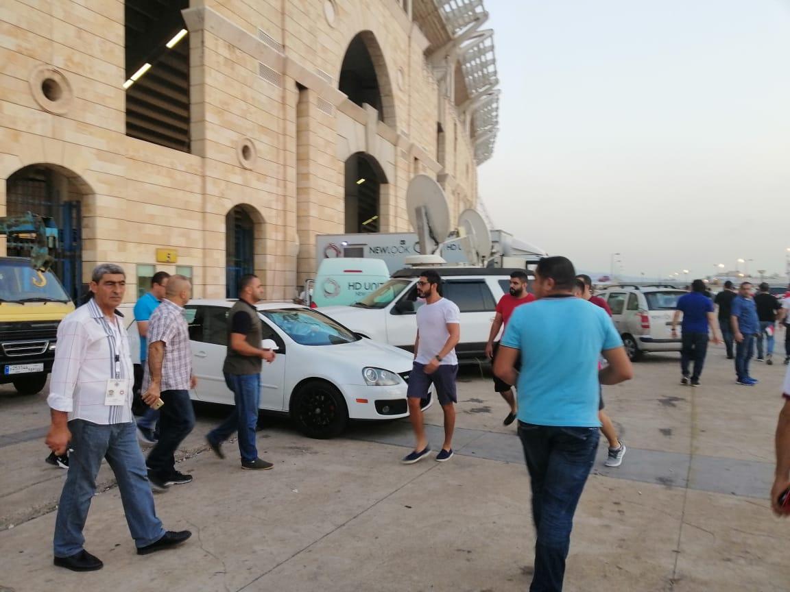 الجماهير قبل لقاء الاهلى والنجمة اللبناني