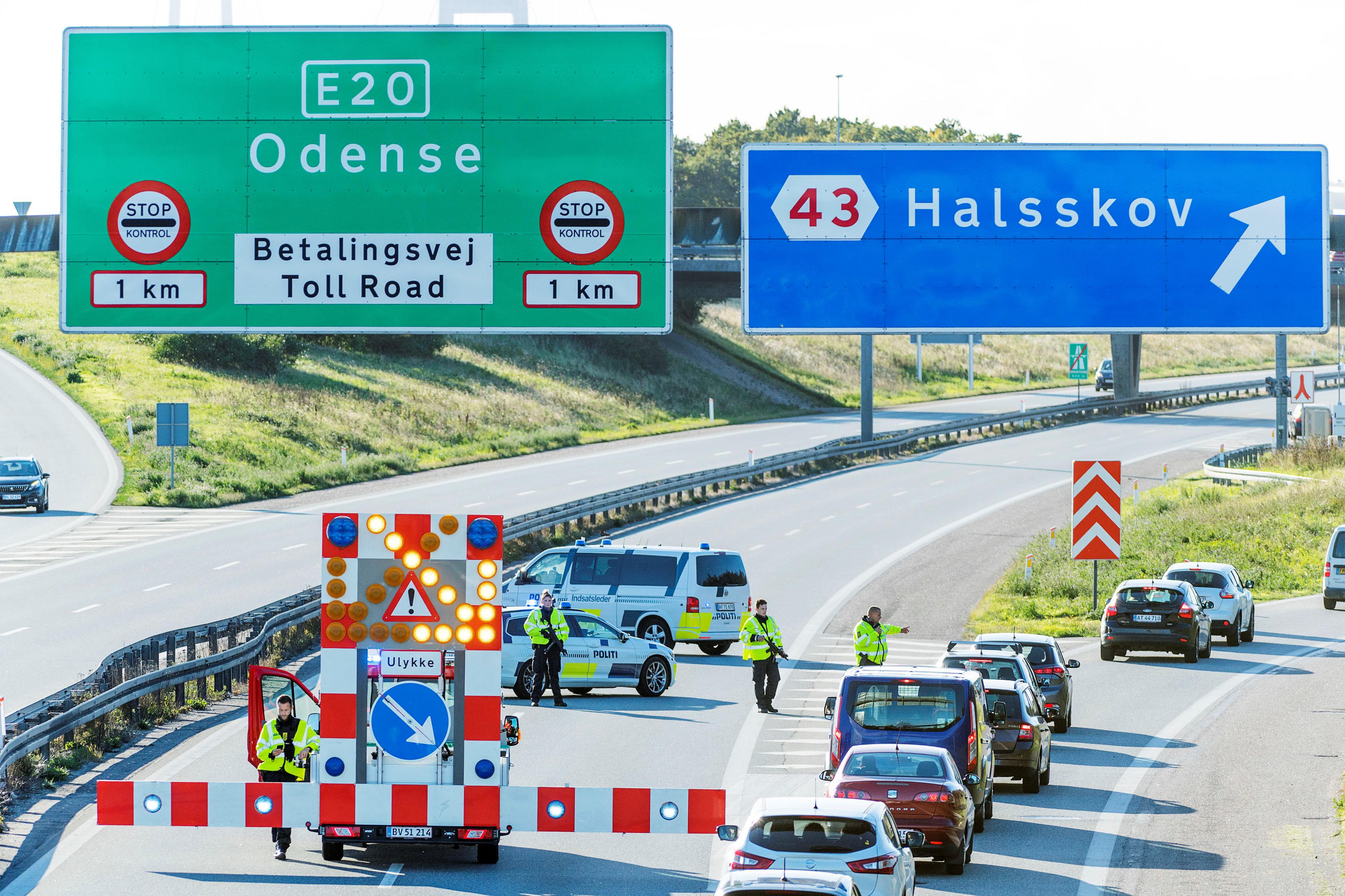 الشرطة الدنماركية تحول تقوم بتحويلة مرورية