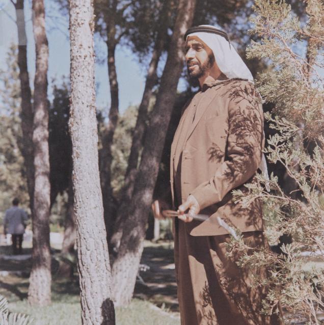 الشيخ زايد يمارس رياضة الجولف فى سويسرا عام 1979