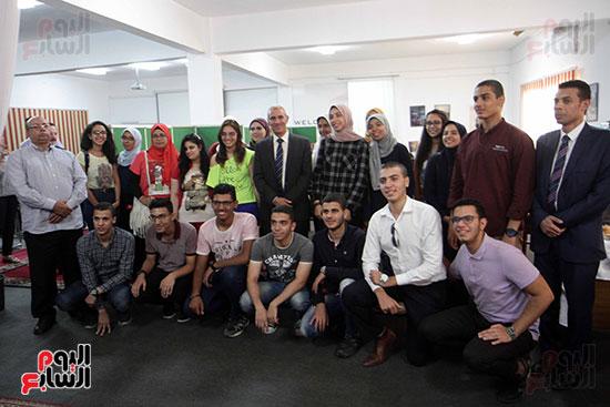 صور احتفالية الهيئة العربية للتصنيع لتكريم أوائل الثانوية العامة (1)