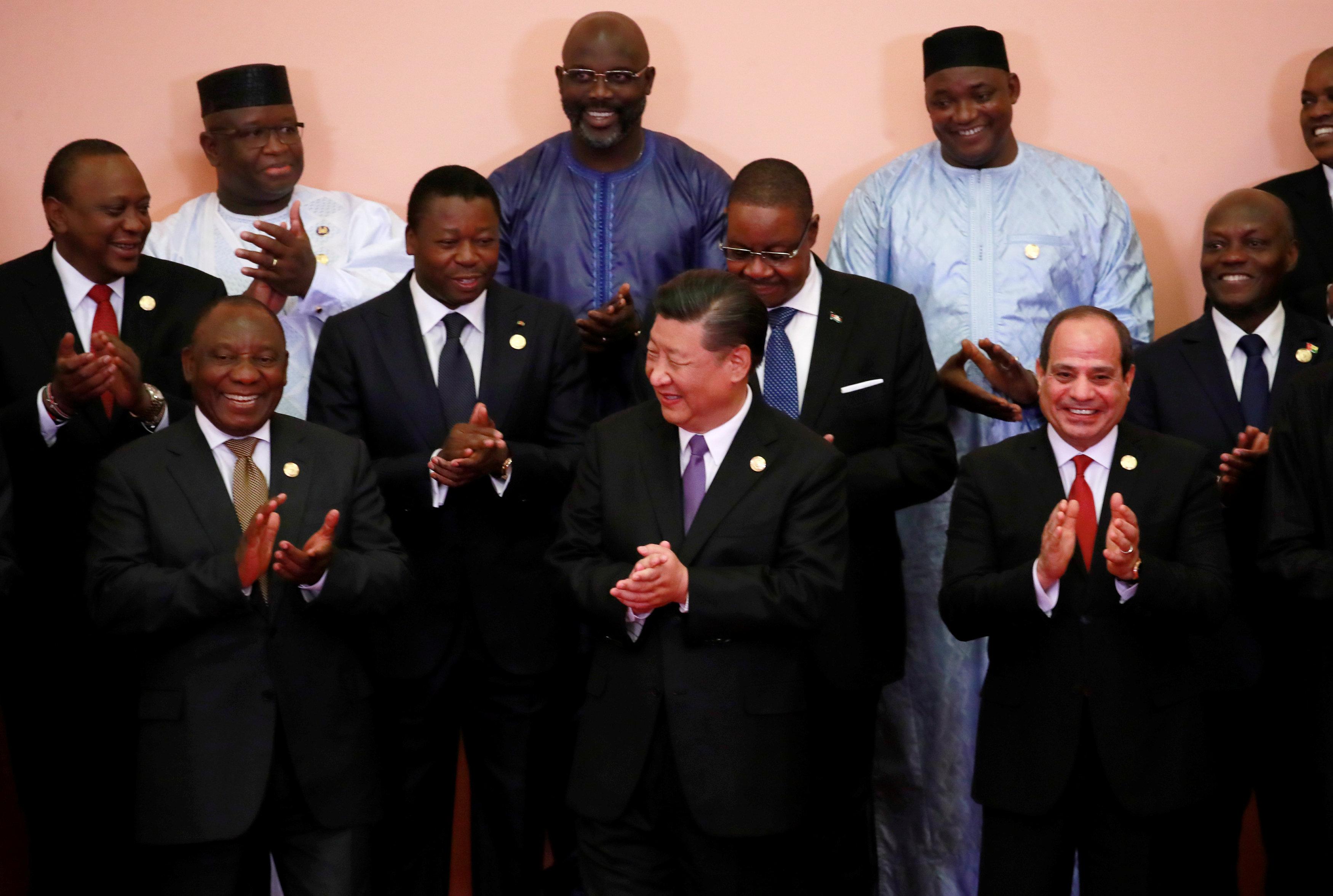 صور تذكارية لزعماء قمة الصين أفريقيا