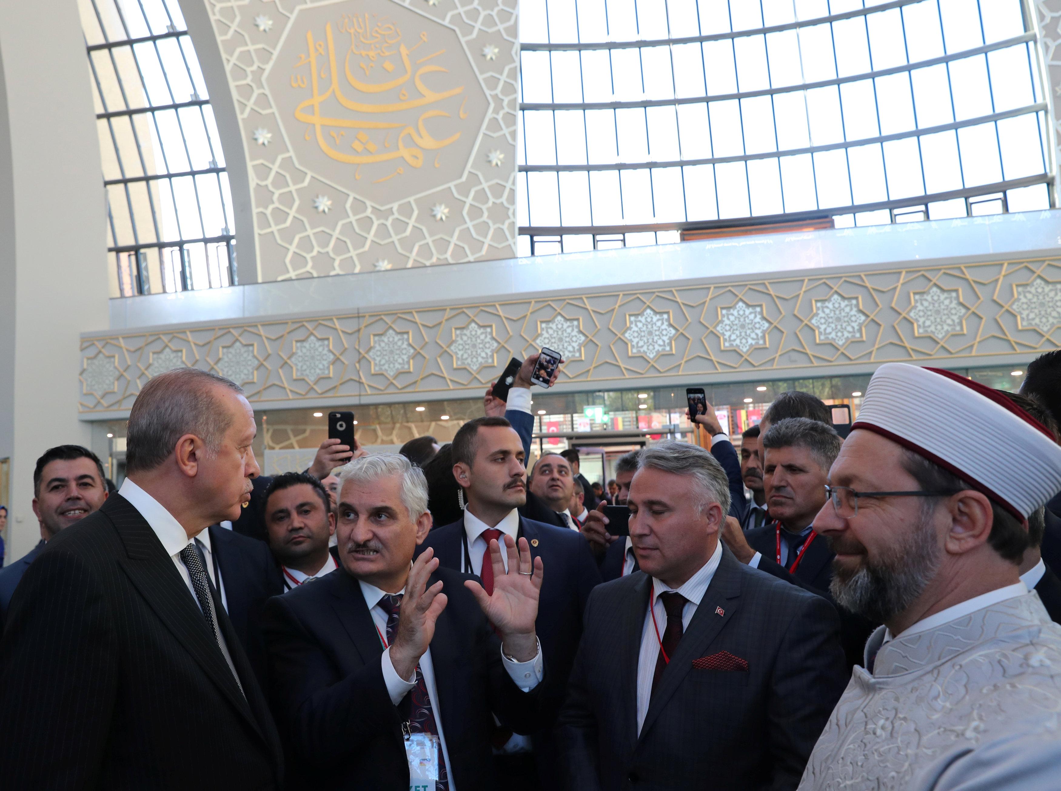 اردوغان خلال افتتاح المسجد