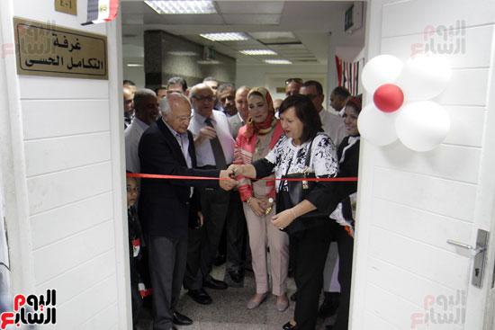 افتتاح احد الاقسام بمركز ذوى الاحتياجات الخاصة بجامعة عين شمس  (15)