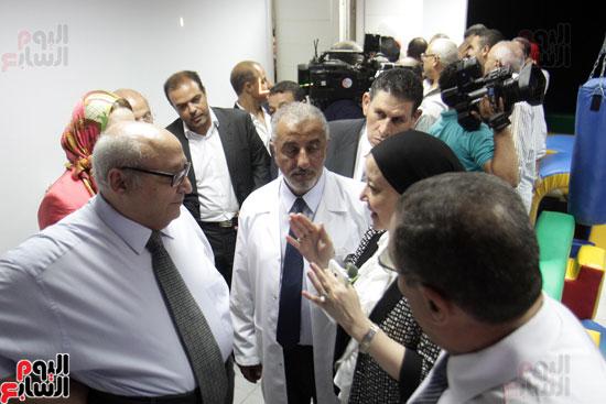 افتتاح احد الاقسام بمركز ذوى الاحتياجات الخاصة بجامعة عين شمس  (17)