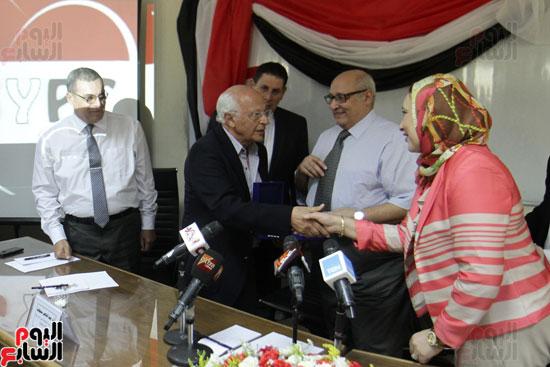 افتتاح احد الاقسام بمركز ذوى الاحتياجات الخاصة بجامعة عين شمس  (12)