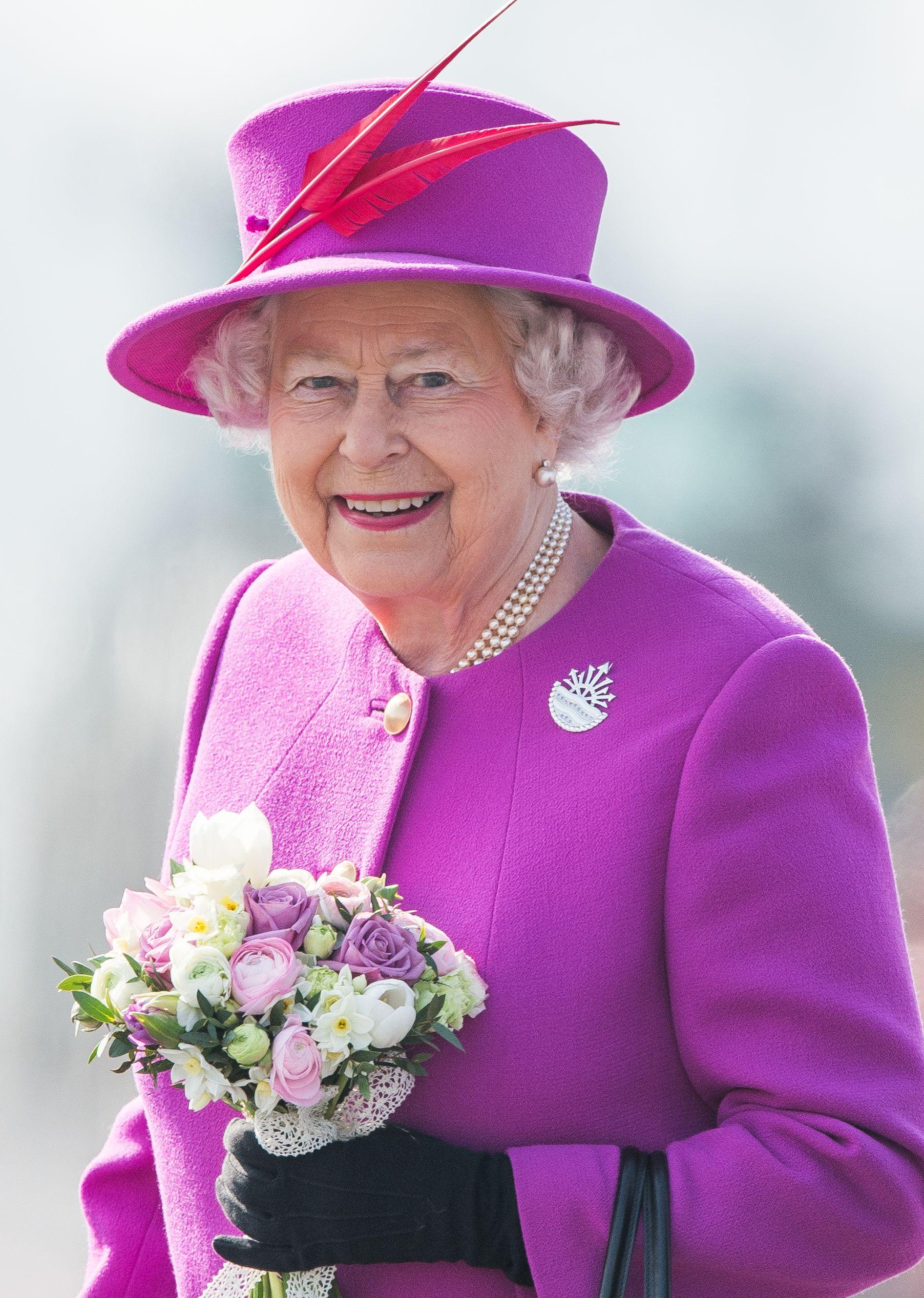 قبعة الملكة