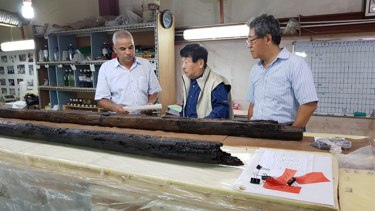 رئيس جامعة هيجاشى الدوليه اليابانية يزور مركب خوفو (3)