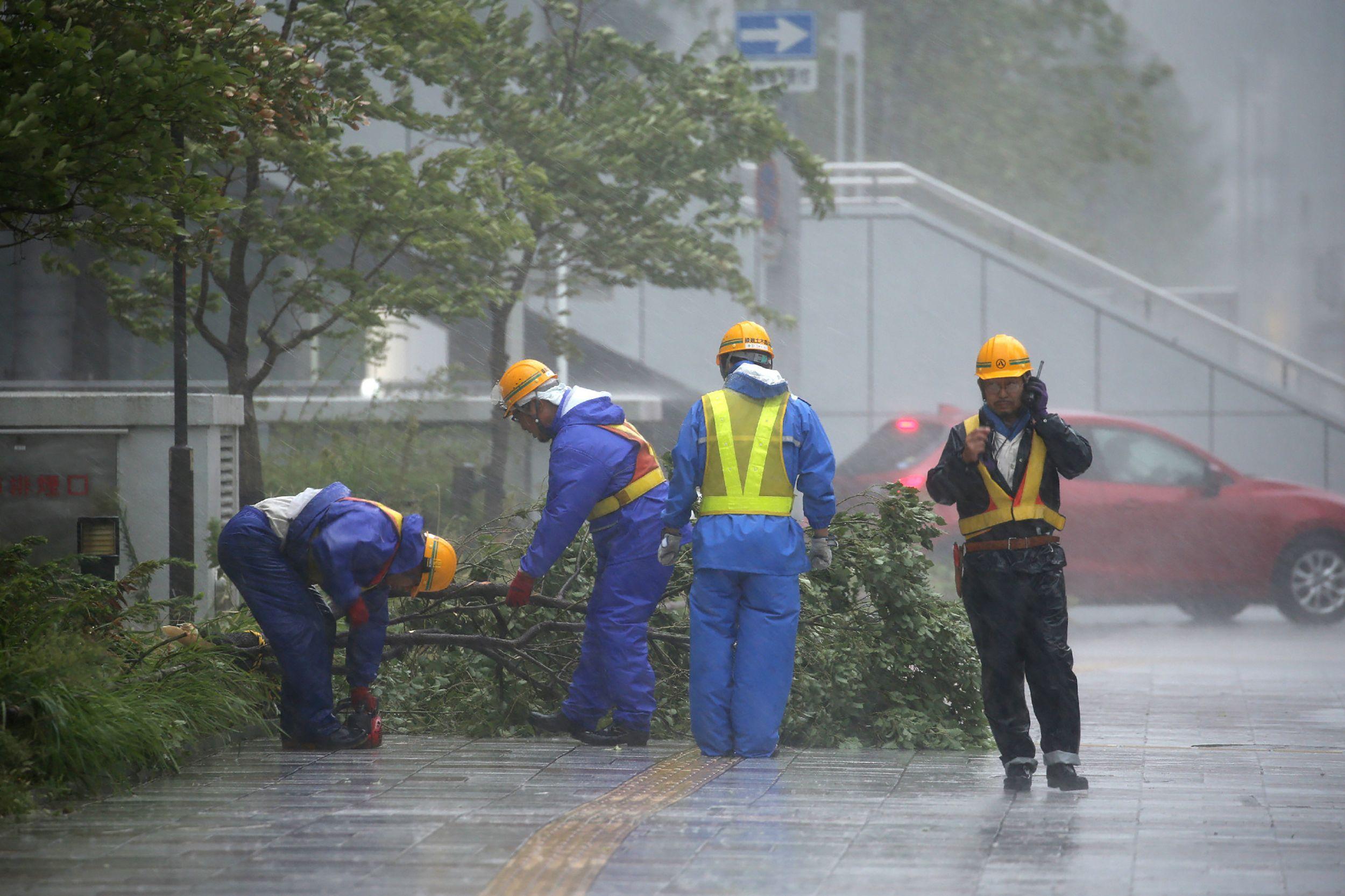 قوات الدفاع المدنى فى اليابان