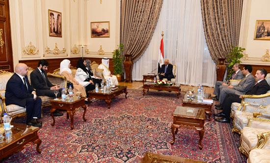 على عبدالعال ورئيس مجلس النواب البحرينى (6)
