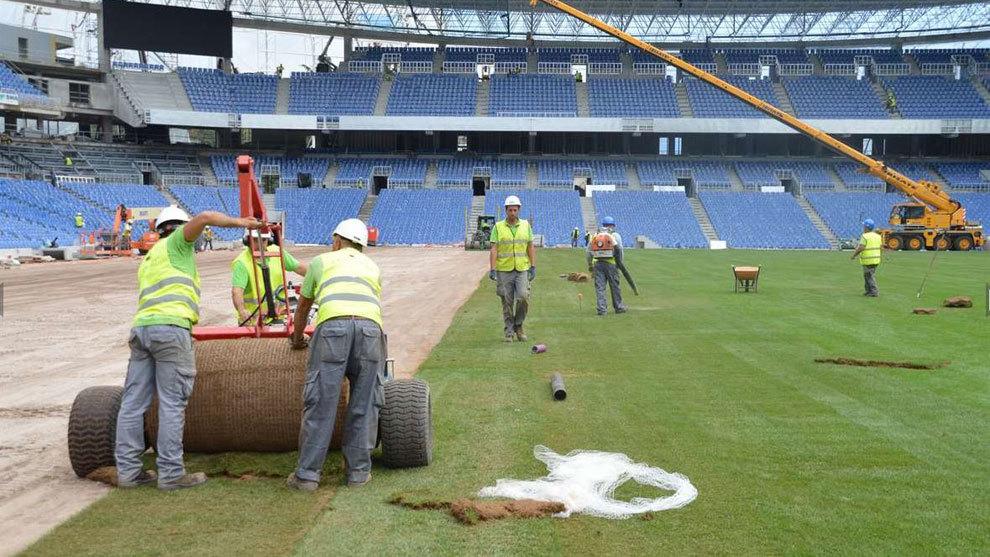 تغير ارضية ملعب ريال سوسيداد
