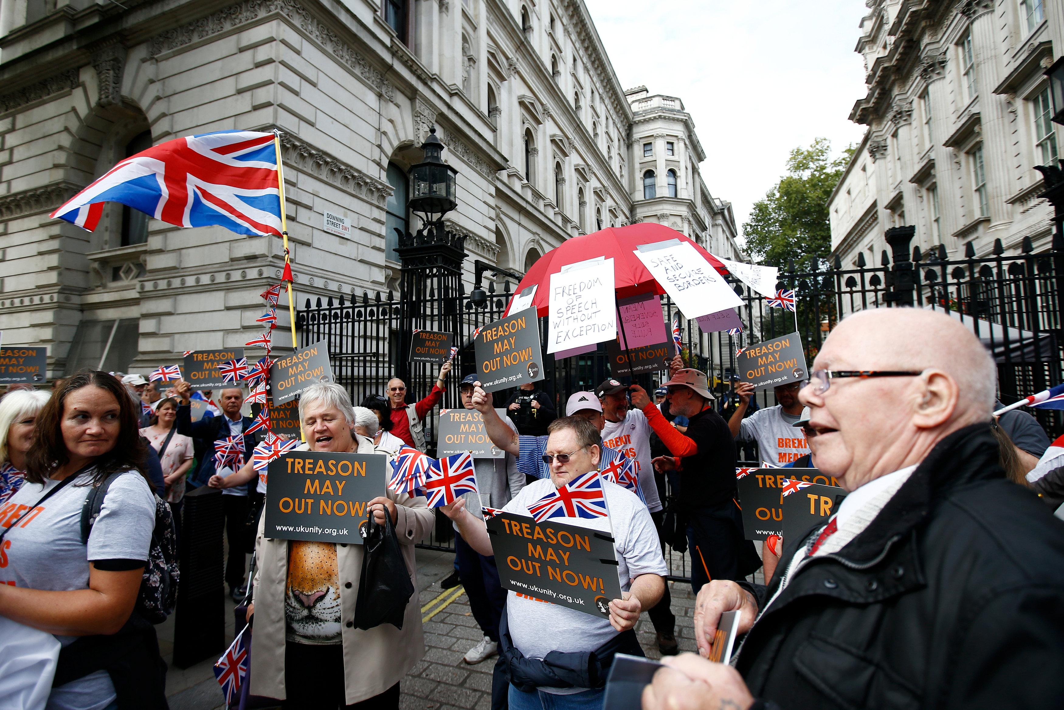 جانب من المظاهرات المؤيدة للخروج من الاتحاد الأوروبى