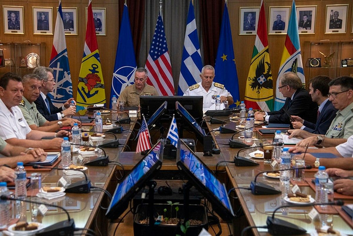 اجتماع بين القيادات العسكرية الأمريكية واليونانية