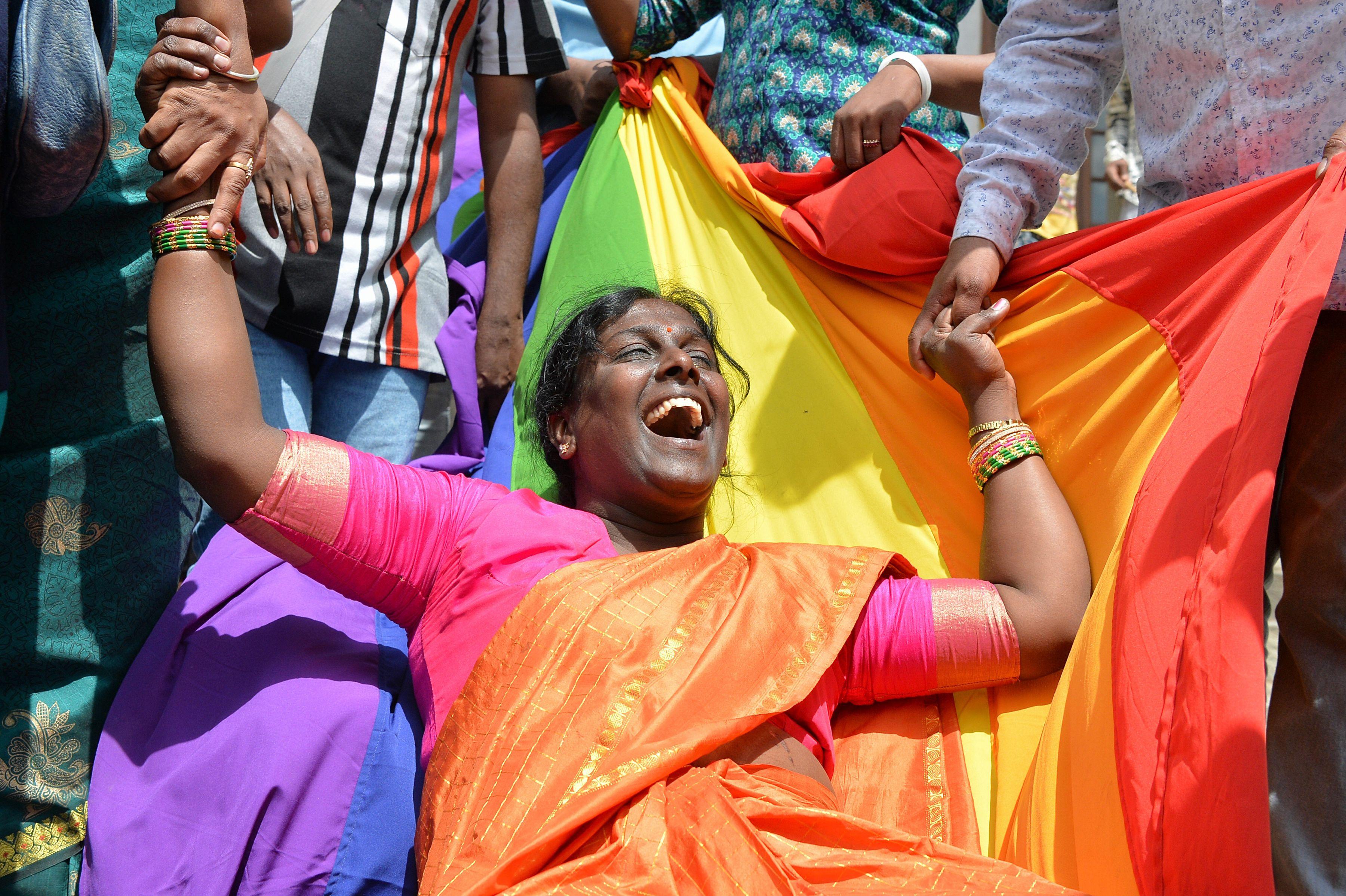 احتفالات المثليين