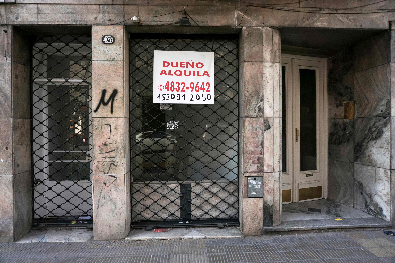 متجر مغلق فى حى باليرمو فى بوينس آيرس