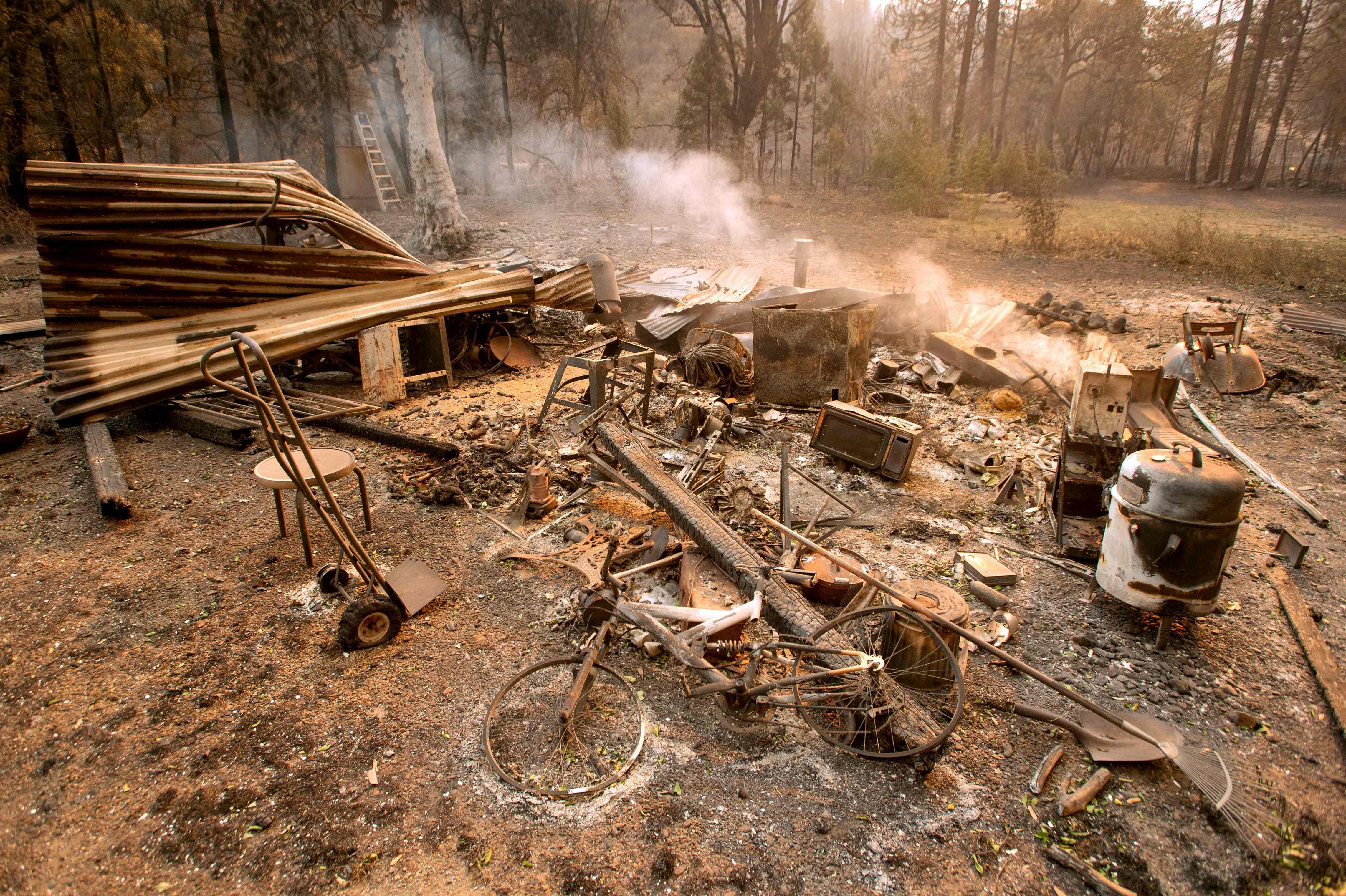 النيران التهمت محتويات منزل