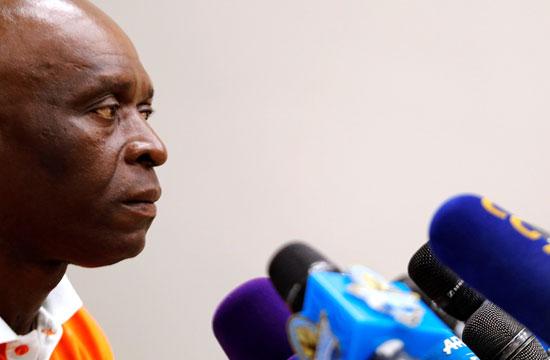 مدرب النيجر يستمع للاسئلة