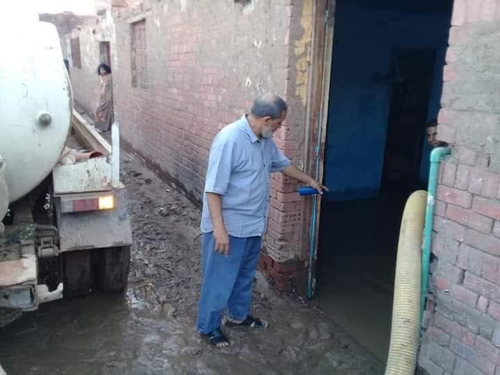 إنفجار بخط المياه الرئيسي بقرية الدير بالخانكة