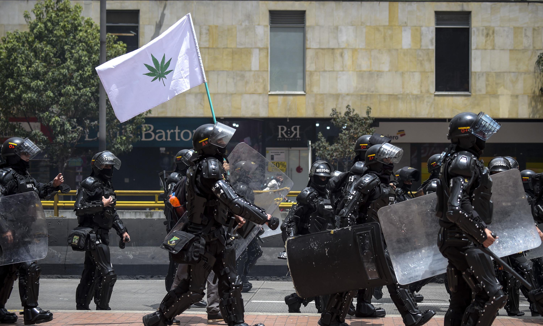 عناصر من الشرطة الكولومبية