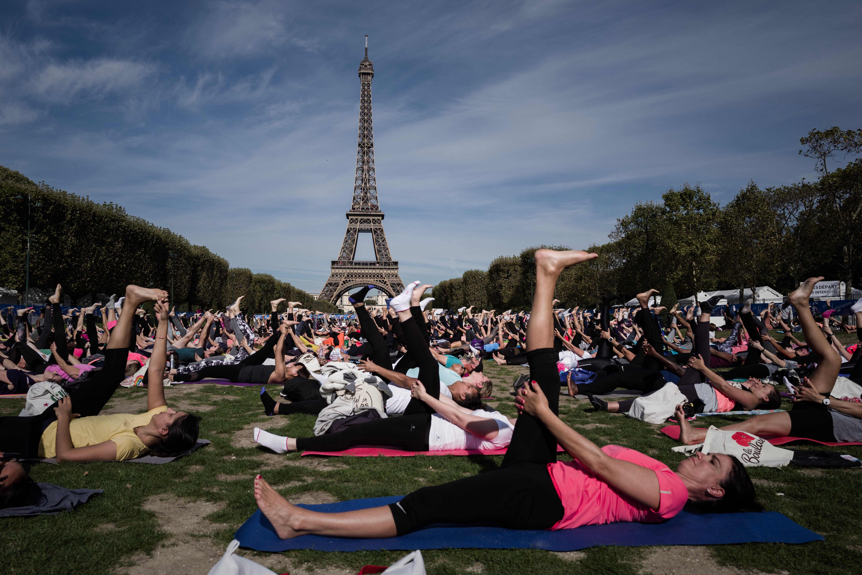 تلقى اليوجا شعبية فى فرنسا