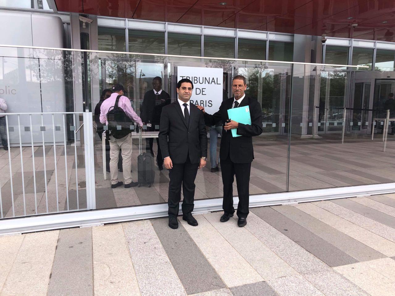محمد نبوى مع المحامى التونسى