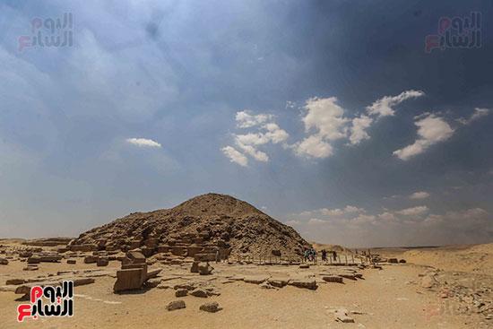 افتتاح مقبرة ميحو (18)