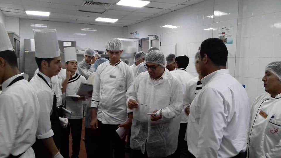 تدريب 400 عامل بالسياحة بشرم الشيخ (3)