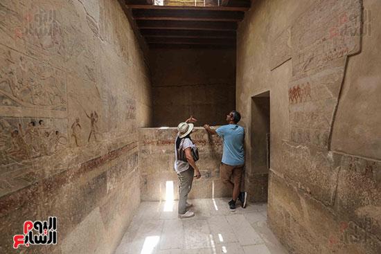 افتتاح مقبرة ميحو (17)