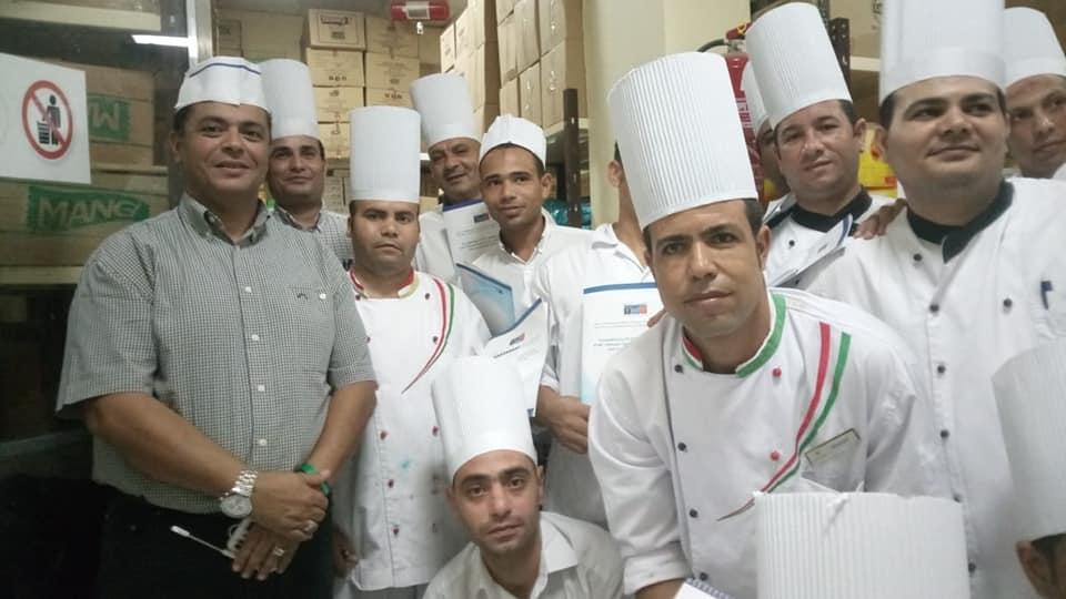 تدريب 400 عامل بالسياحة بشرم الشيخ (4)